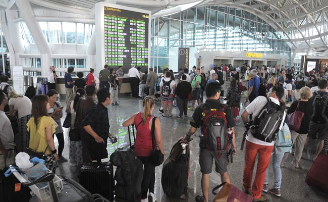 Ash wreaks havoc on Bali flights