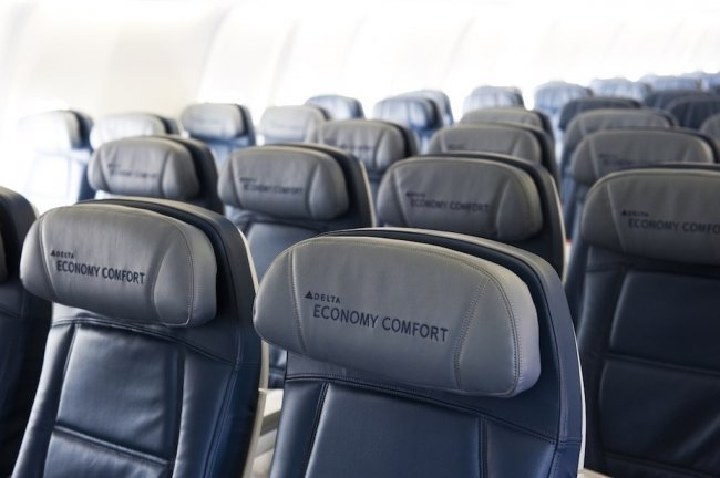 Flight Review Delta Air Lines Dl17 Lax To Syd Traveltalk